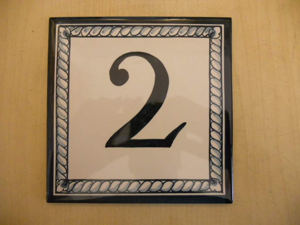 Tile with numbers or letters by order (15x15 cm)